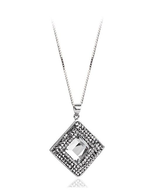 Larentia Kare Aynalı Gümüş Kolye
