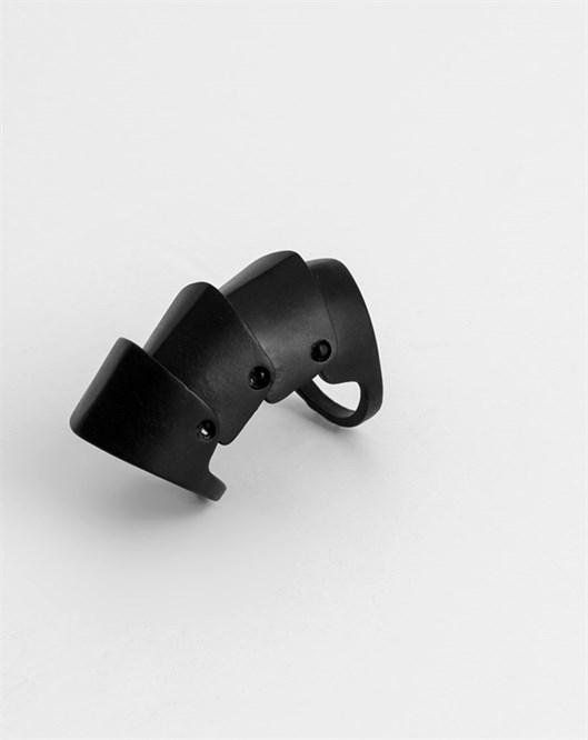 Siyah Knuckle Yüzük R21