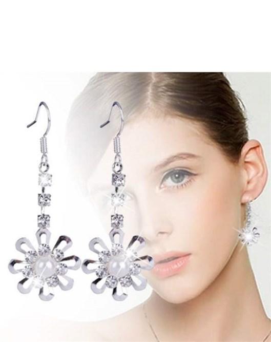 Marka Tasarım Kristal Taşlı Parlak Büyük Küpe Kar Tanesi Model Küpe Modelleri 1027