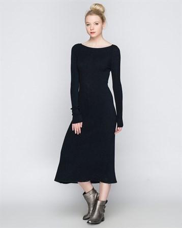 1747 Uzun Siyah-Lacivert Elbise