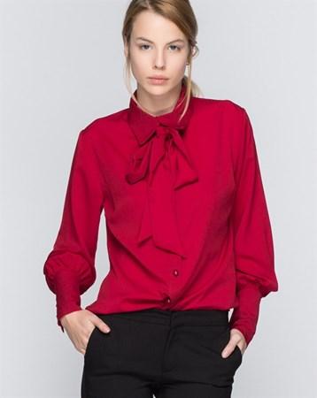 16104 Kravatlı Bordo Gömlek